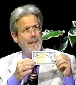 Бернард фон Нотхаус. Кадр видеозаписи с сайта libertyandjusticeforall.tv
