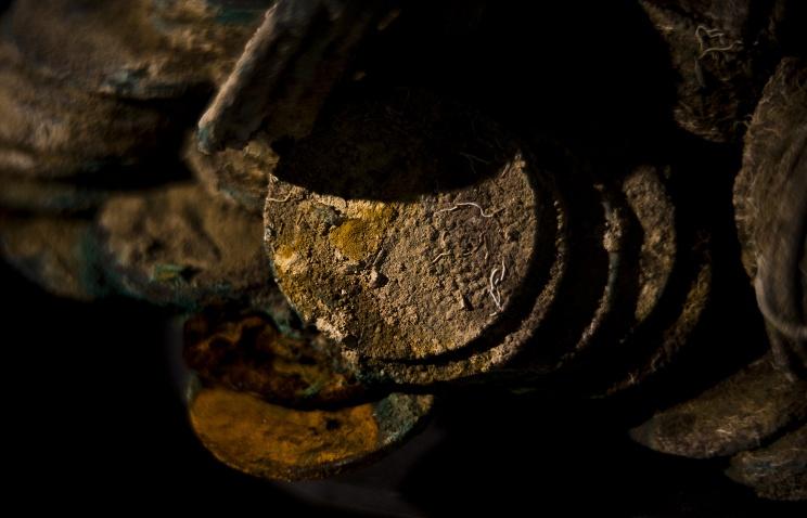 В Японии нашли клад в 40 000 медных монет